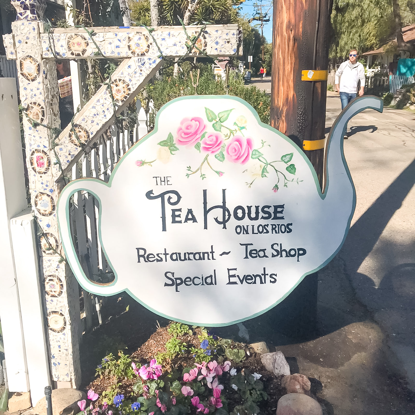 Tea House on Los Rios